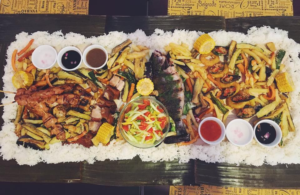 Boodle fight filippine Philippines