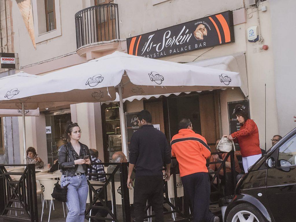 Malta: Guida completa  sul miglior posto dove mangiare i pastizzi
