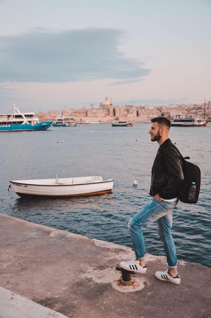 Vista su La Valletta Malta da Sliema