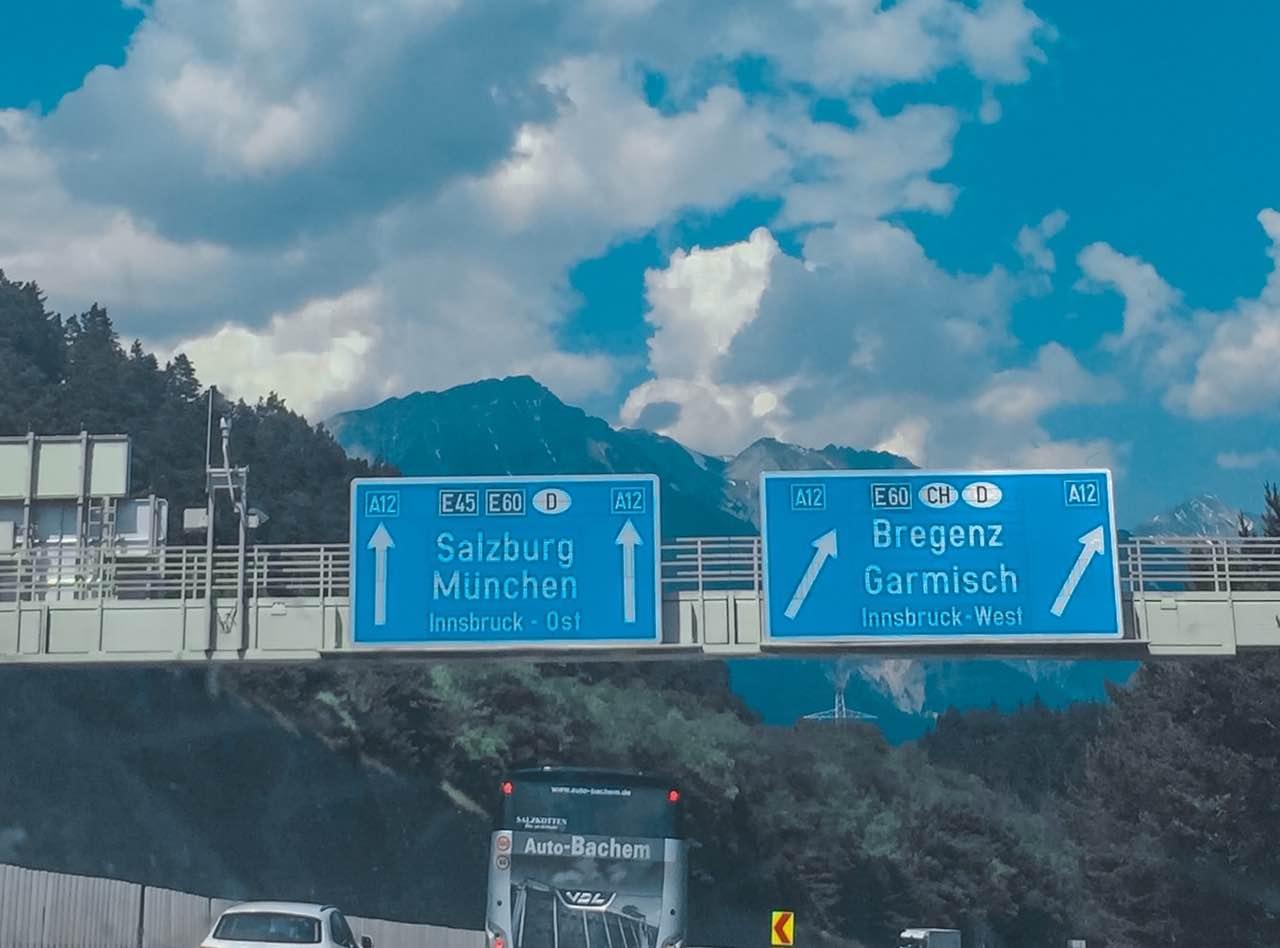 Bollini o vignette autostradali in Europa: come funzionano e in quali paesi servono