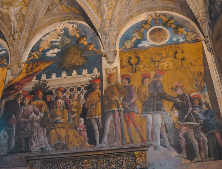 parete decorata all'interno del palazzo ducale di Mantova