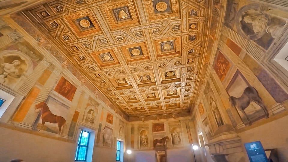 Sala dei cavalli del palazzo Te a Mantova