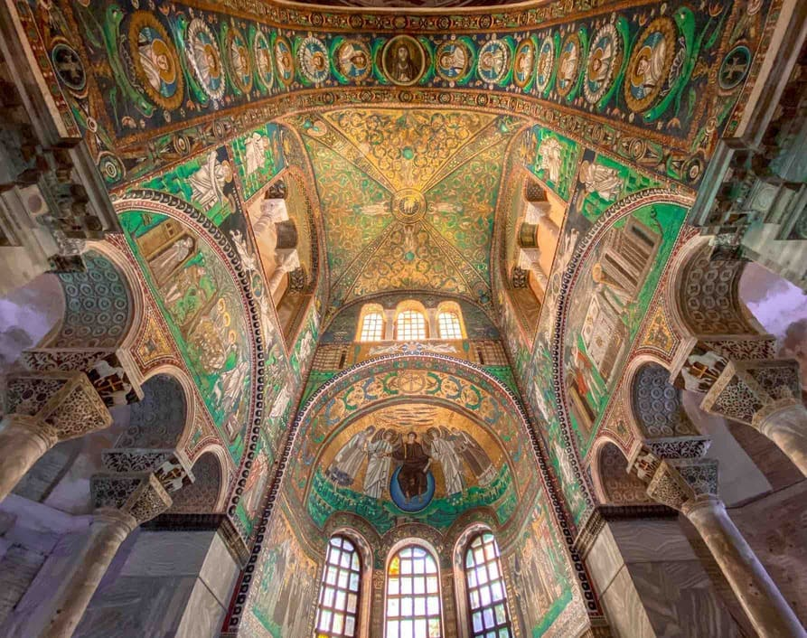 Interno Basilica San vitale a Ravenna da vedere in due giorni