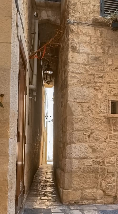 Vicolo più stretto di Giovinazzo da vedere nel centro storico